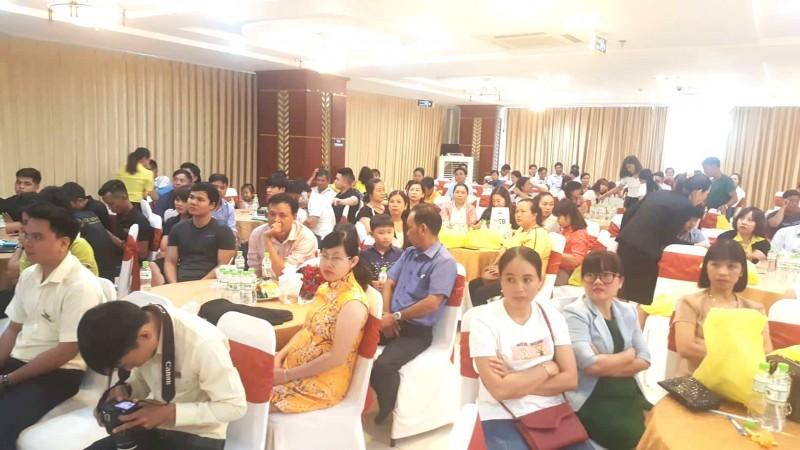 Khách hàng tham dự Lễ tri ân, có rất nhiều gia đình cán bộ công chức, viên chức đã sở hữu đất tại Khu dân cư Tiến Thành, thị xã Đồng Xoài.